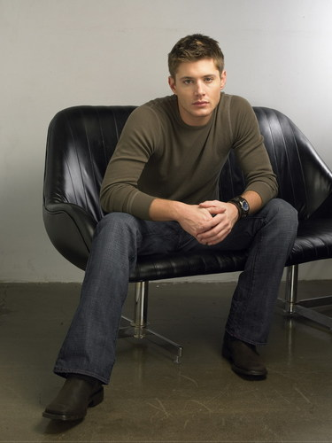 Jensen Ackles Hintergrund containing a couch titled ...