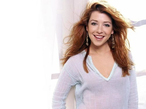 Alyson Hannigan - actresses Wallpaper