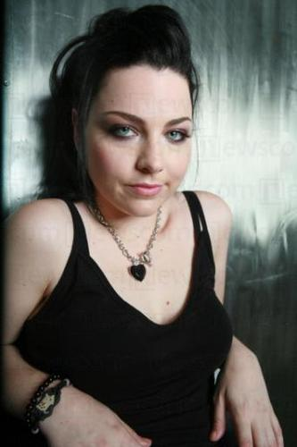 Evanescence wallpaper with a portrait called Amy Lee