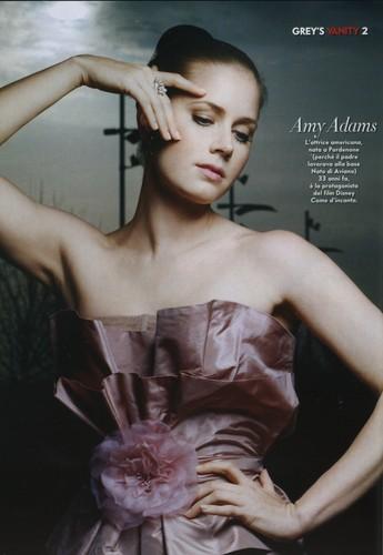 Amy- Vanity Fair Italy Nov 07
