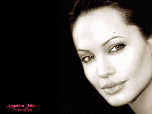 Angelina Jolie wallpaper titled Angelina