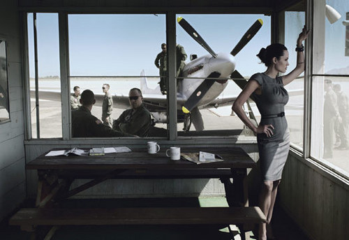 Vogue wallpaper entitled Angelina Jolie