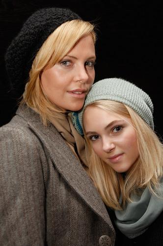 AnnaSophia and Charlize