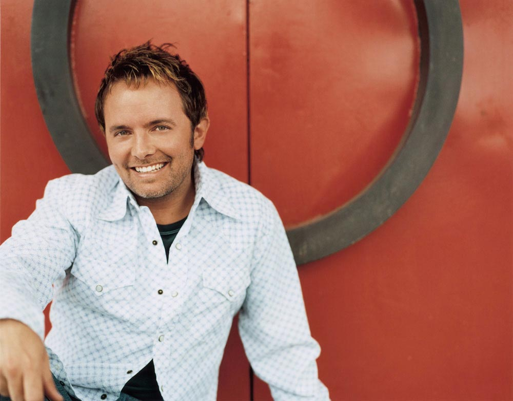 chris tomlin The most successful touring artist in christian music today, chris tomlin has announced his second annual 'good friday nashville' concert set for fri, march 30.