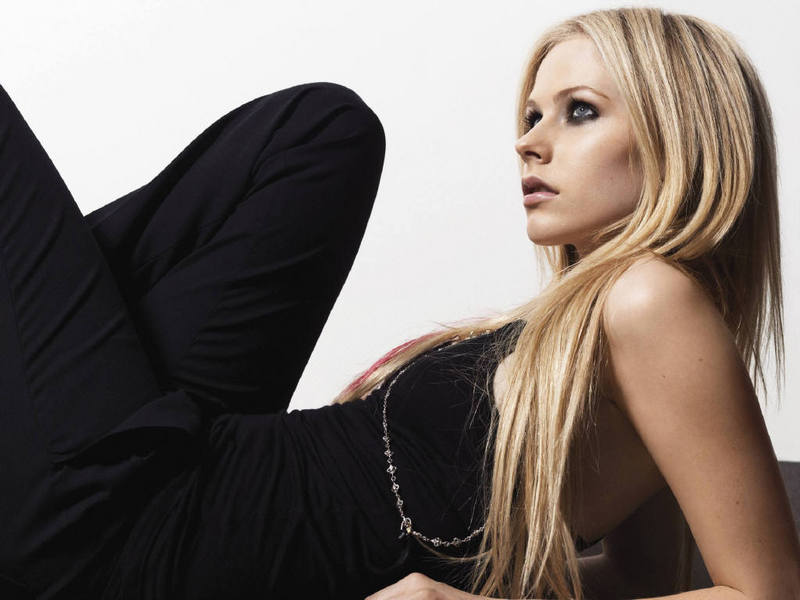 Avril - Avril Lavigne Wallpaper (849904) - Fanpop