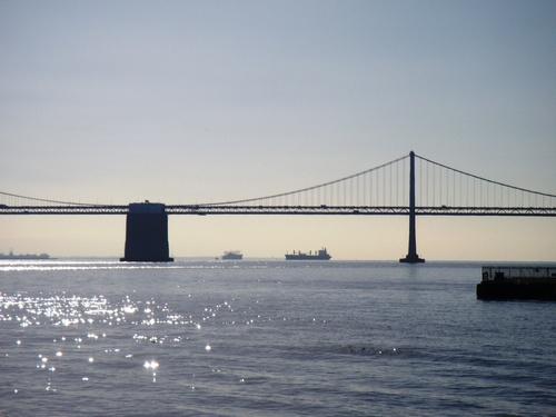 bahía Bridge
