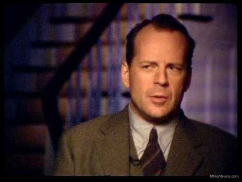 Bruce Willis wallpaper with a business suit and a suit titled Behind the Scenes: Sixth Sense
