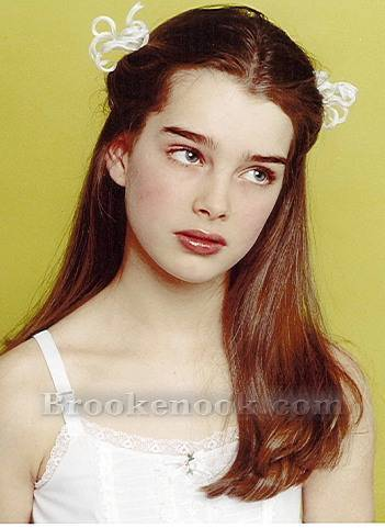 Brooke Shields wallpaper with a portrait titled Brooke