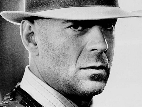 Bruce Willis Обои with a fedora, a snap brim hat, and a boater entitled Bruce Willis