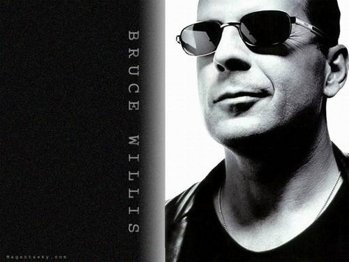 Bruce Willis wallpaper with sunglasses called Bruce Willis