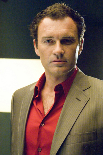 Nip/Tuck wallpaper with a business suit and a suit titled Christian