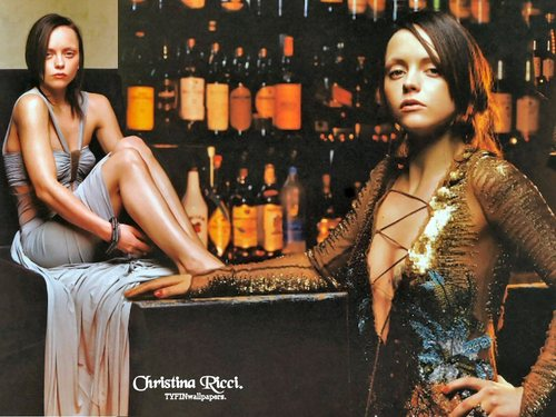 Christina Ricci karatasi la kupamba ukuta called Christina