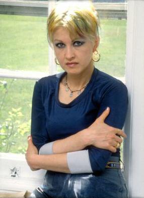 Cyndi Lauper achtergrond titled Cyndi Lauper