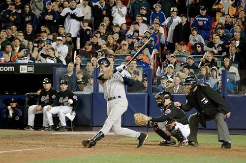 Derek Jeter wallpaper with a fielder, a wicket, and an umpire entitled Derek Jeter