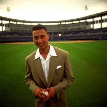 Derek Jeter wallpaper containing a business suit and a suit entitled Derek Jeter