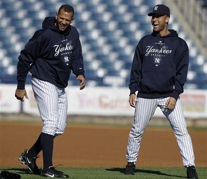 Derek Jeter achtergrond with an infielder, a first baseman, and an umpire entitled Derek Jeter