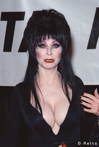 Horror films achtergrond called Elvira, Mistress Of The Dark
