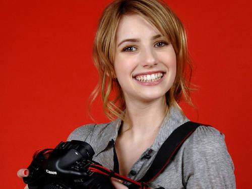Emma Roberts Hintergrund entitled Emma Roberts