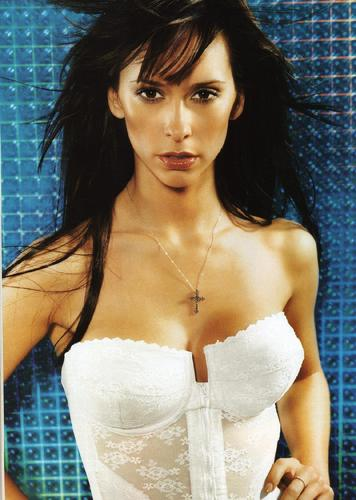 FHM-Jennifer 愛 Hewitt 2002
