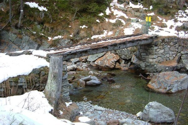 Footpath Bridge