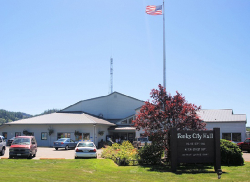Forks City Hall & Police