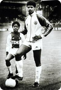 Frank Rijkaard with Kluivert
