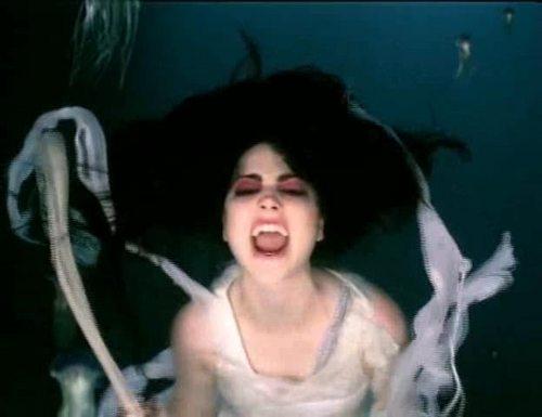 Evanescence wallpaper entitled Going Under