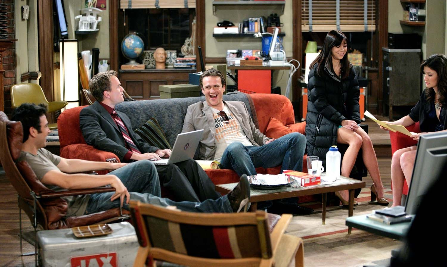 Himym cast how i met your mother photo 1063042 fanpop for The apartment cast
