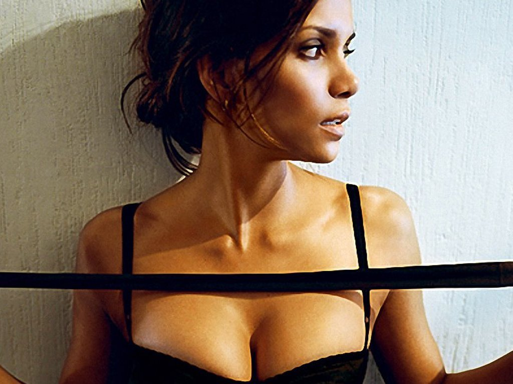 Halle Berry actresses