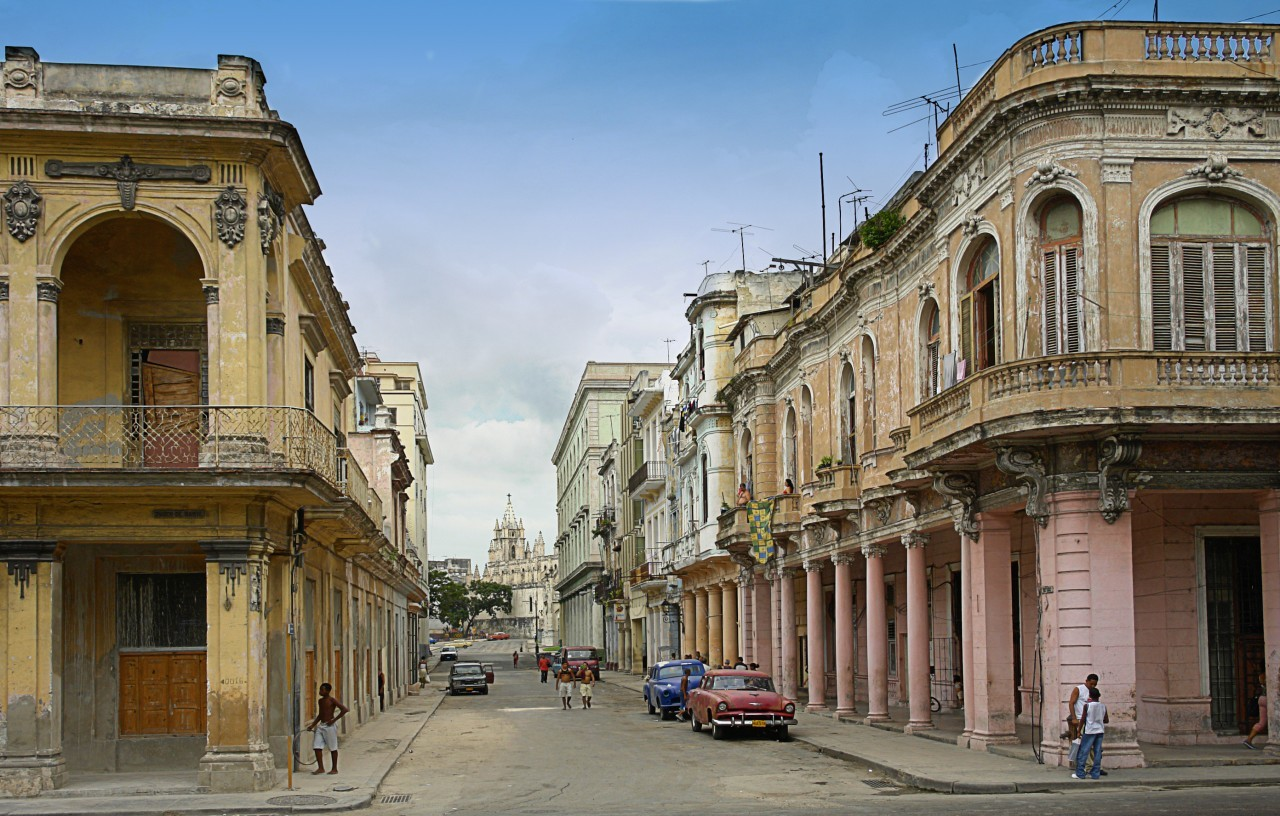 Havana, Cuba - Most 'european' city in the Carribbean ...