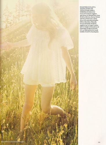 Vogue wallpaper entitled Heavenly Creatures