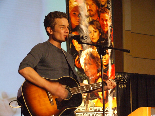 James Marsters achtergrond entitled James