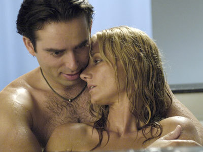 Nip/Tuck wallpaper containing a hot tub and skin called Julia & Quentin