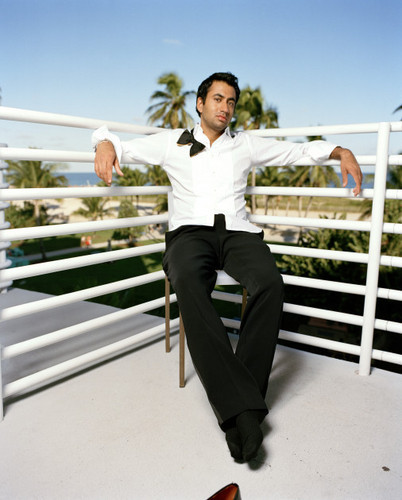 Kal Penn wallpaper called Kal Penn Photoshoot for iStyle Magazine