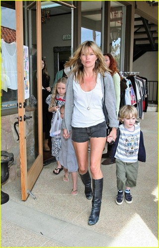 Kate Moss with Lila Grace