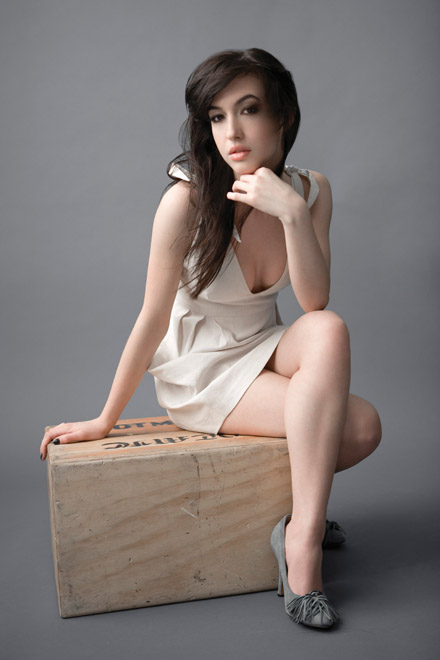 http://images1.fanpop.com/images/image_uploads/Kate-Voegele-kate-voegele-828524_440_660.jpg