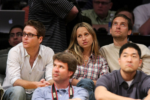 Kevin Connolly, Tobey Maguire and Jennifer Meyer take in the Lakers vs Jazz game May 4, 2008