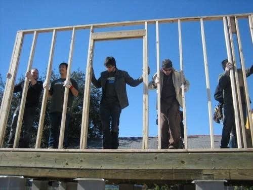 Linkin Park Rebuild Homes