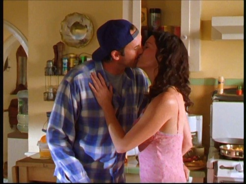 Pasangan TV kertas dinding possibly with a brasserie entitled Luke & Lorelai (Gilmore Girls)