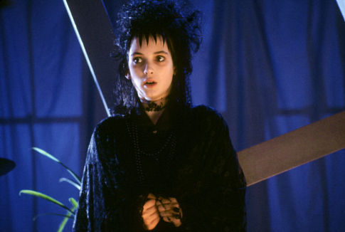 Lydia-beetlejuice-the-movie-893234_485_326.jpg