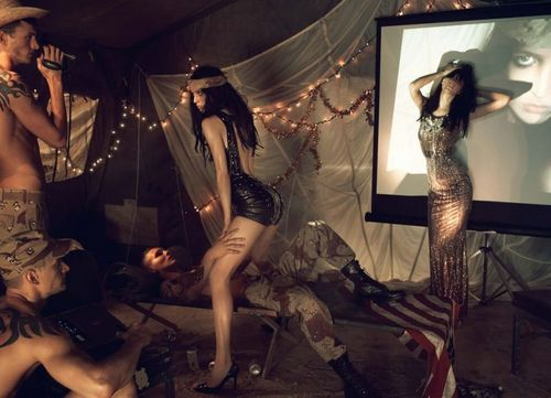 Vogue wallpaper entitled Make Love, not War