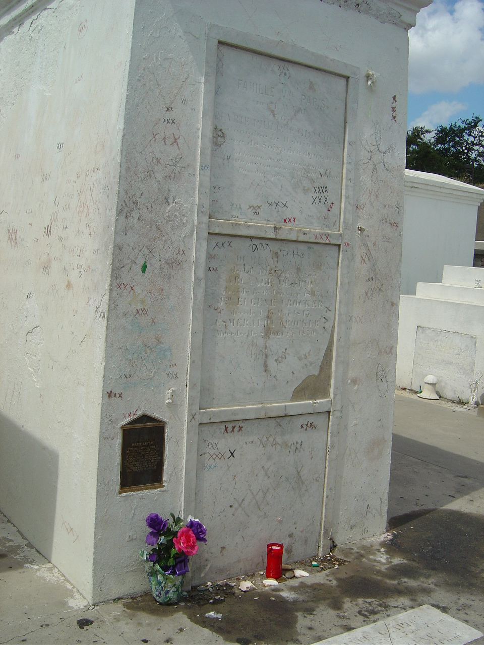 Marie Laveau's Tomb - Witchcraft Photo (1003651) - Fanpop