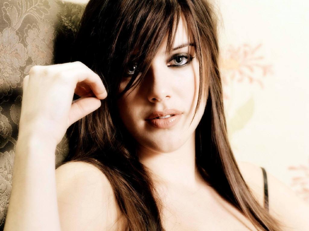 Elizabeth berkley nude fakes