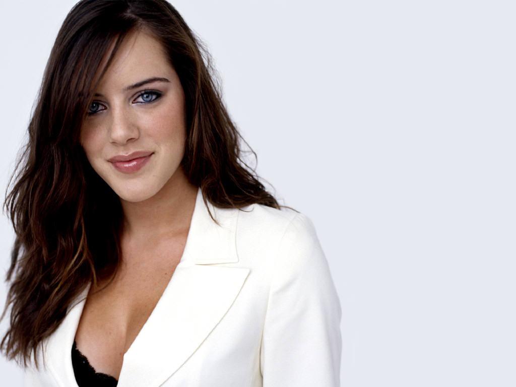 Michelle-Ryan-bionic-woman-956150_1024_768.jpg