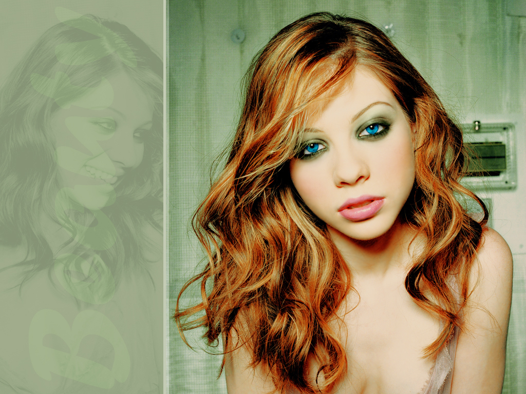 Michelle Trachtenberg - Wallpaper
