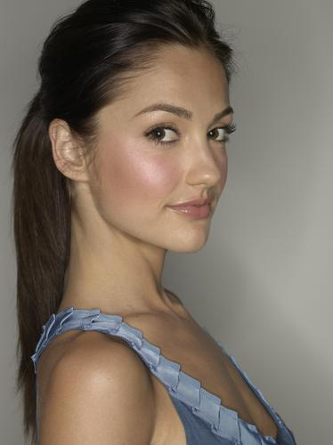 Минка Келли Обои containing a portrait titled Minka Kelly