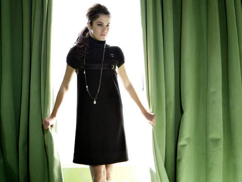 Nikki Reed wallpaper titled Nikki