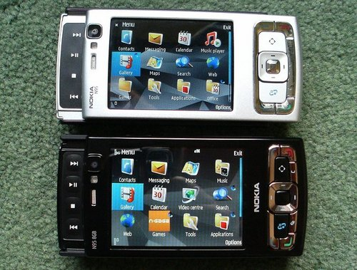 Nokia N95 vs Nokia N95 8GB