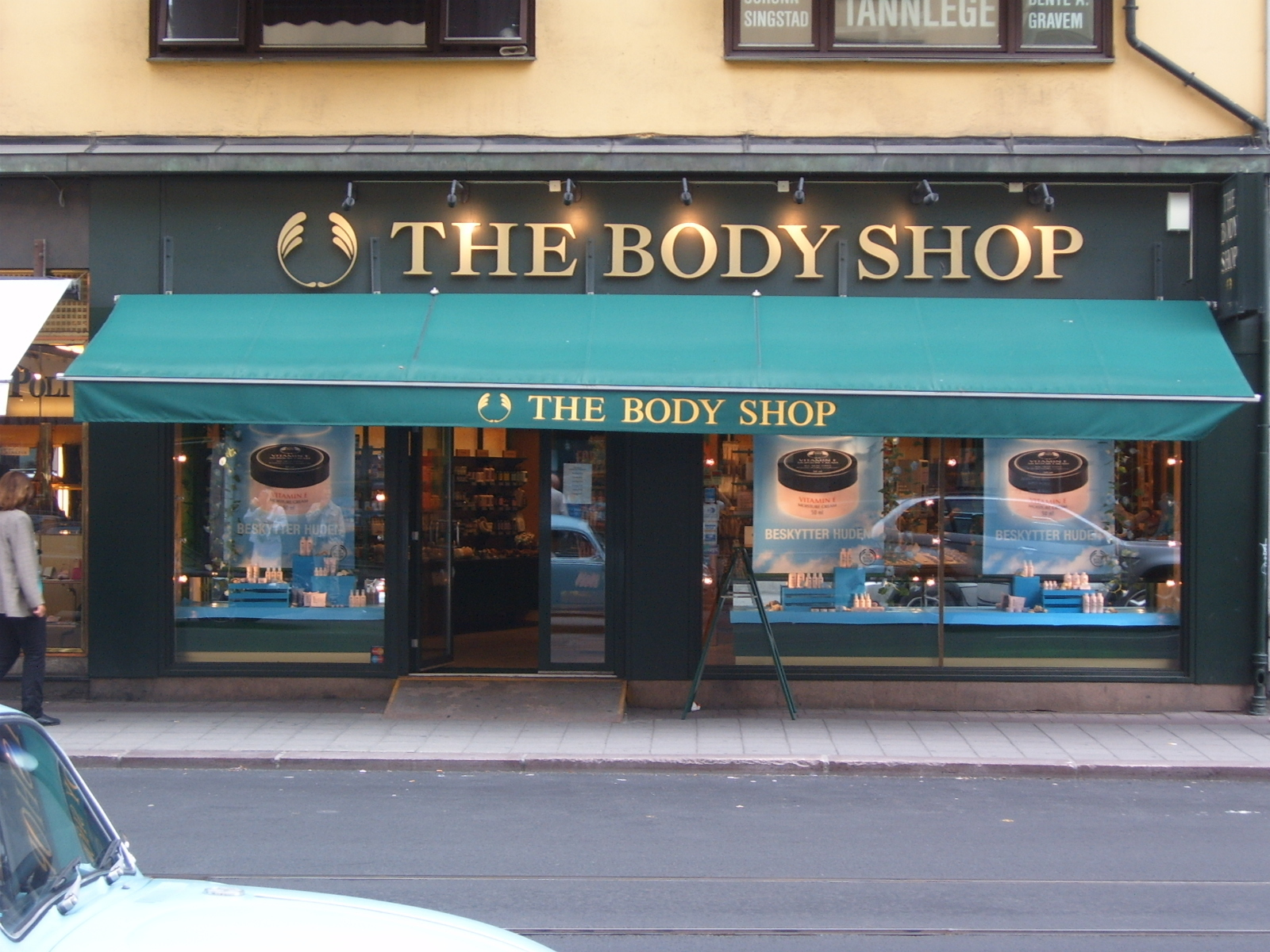 the body shop international plc anita roddick obe analysis of the case Marketing analysis on body shop founded in the uk in 1976 by dame anita roddick, the body shop now has the body shop international plc 2001 re: case c:.