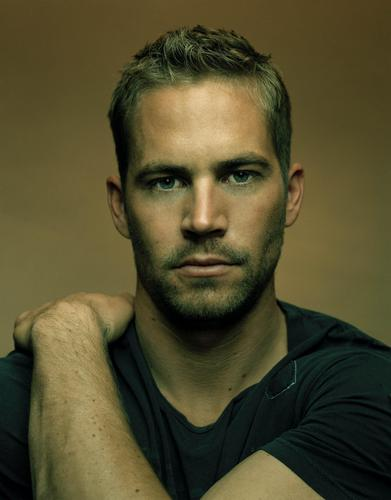 Paul Walker wallpaper possibly containing a portrait entitled Paul Walker